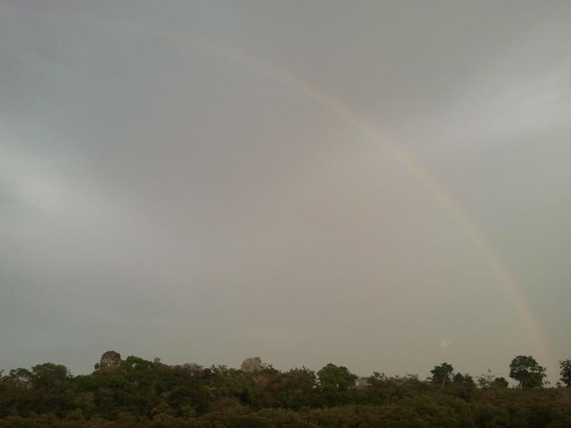 rainbow present